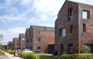Acht geschakelde woningen te Zuidbroek
